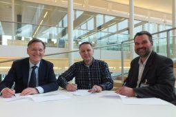 Aa en Maas, BWA en KWR ondertekenen samenwerkingsovereenkomst fijnzeeftechnologie