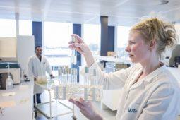 KWR test waterzuiveringssystemen voor de WHO