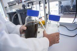 Zout en humuszuren terugwinnen bij drinkwaterproductie