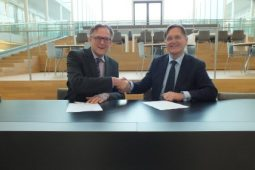 TU Delft and KWR strengthen collaboration