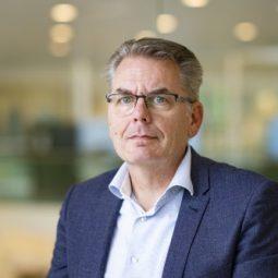 dr. Gerard van den Berg