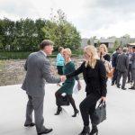 Minister Schulz van Haegen opent nieuw KWR-gebouw 8