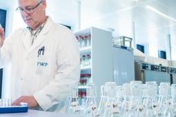 Onderzoek naar microplastic in Nederlands water
