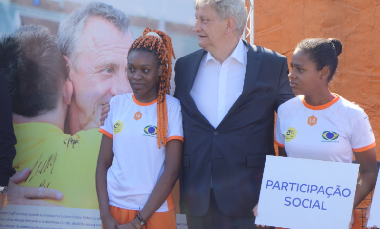 Ceremony at the Cruijff Court in Sao Paulo with the Mayor of Amsterdam on Sunday 19 June (Photo by Kees van Leeuwen)