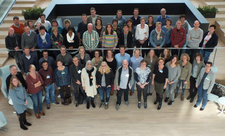 Alle deelnemers op de 'cascade' van KWR