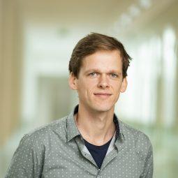 dr. Gilian Schout PhD