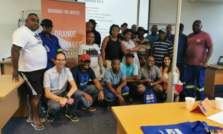 Enthusiastic participants in Durban, with trainers Prathna Gopi (sitting right) and Ron Jong (sitting left)