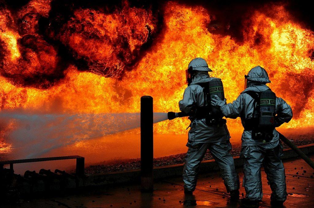 firefighters-1147795_1280-1024x679.jpg