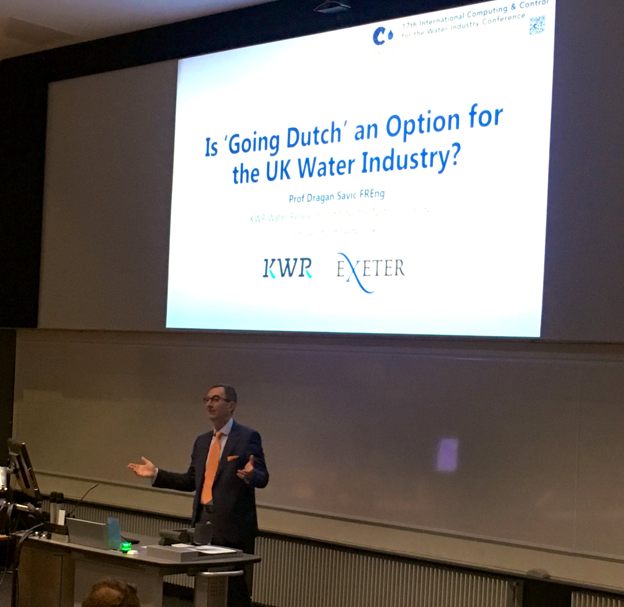 Dragan kicked off the day with a keynote on whether or not 'Going Dutch' is a wise decision regarding drinking water supply and water management.