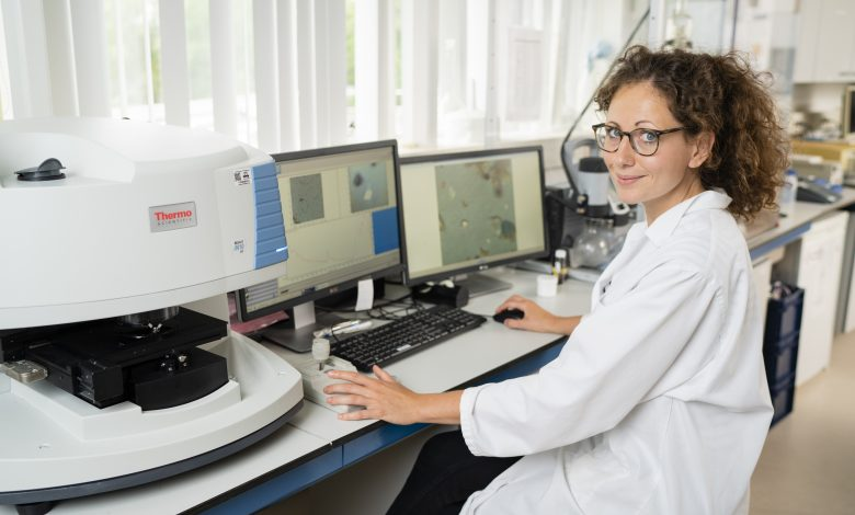 Svenja Mintenig studied the analytical requirements for the identification of micro- and nanoplastics.