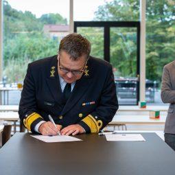 Defensie honderdste ondertekenaar 'Convenant Waterstof en Mobiliteit'